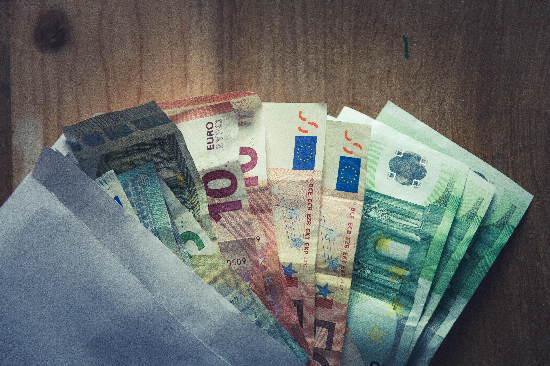 Latest Pound/Euro Exchange Rates